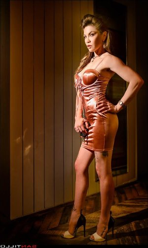 Maria-pia happy ending massage in Clearlake and escort girl