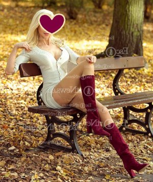Oana escort girl and thai massage